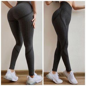 Black Seamless Yoga Workout Leggings